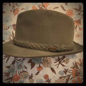 Dobbs Fifth Avenue New York men's fedora hat